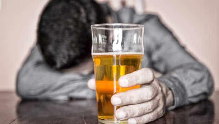 Αποτέλεσμα εικόνας για αλκοολισμός