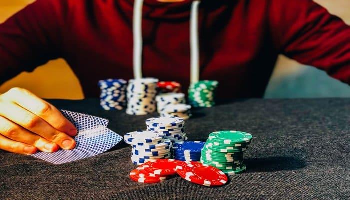 υπηρεσία γνωριμιών πόκερ καλοκαίρι χειμώνα σεξ θερμαντήρα νερού